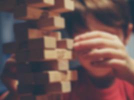 Niño_jugando.png