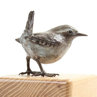 Bronze wren sculpture by Geckoman, John Noble-Milner, wildlife sculptor and artist