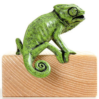 Bronze chameleon sculpture by Geckoman, John Noble-Milner, wildlife sculptor and artist