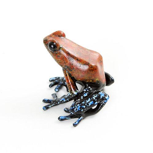 poison dart frog in bronze - medium
