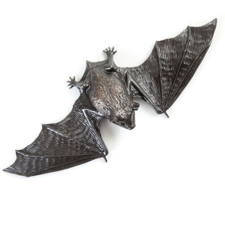 Bronze pipistrelle bat sculpture by Geckoman, John Noble-Milner, wildlife sculptor and artist