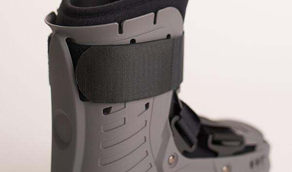 AirMaxx CAM Walker Boot 7.jpg