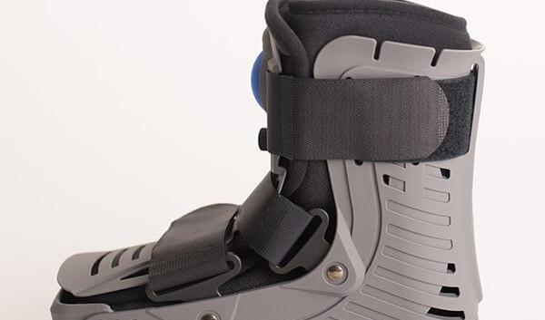 AirMaxx CAM Walker Boot 8.jpg