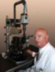 Dr. Gaston Naessens