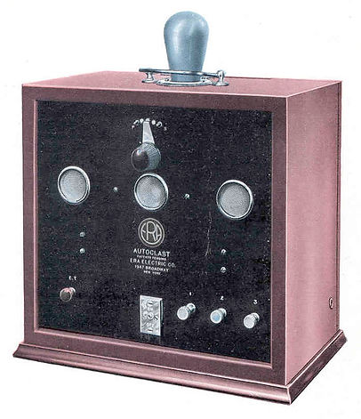 Autoclast - Upright rectangular box, glass valve tubes on top, timer control on front, electrode connections. Like the late model Shortwave Oscilloclast, auto selected each available rate in sequence, but with no shortwave radio wave generator.