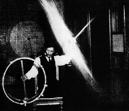 Tesla Lighting an Incandescent Lamp Wirelessly