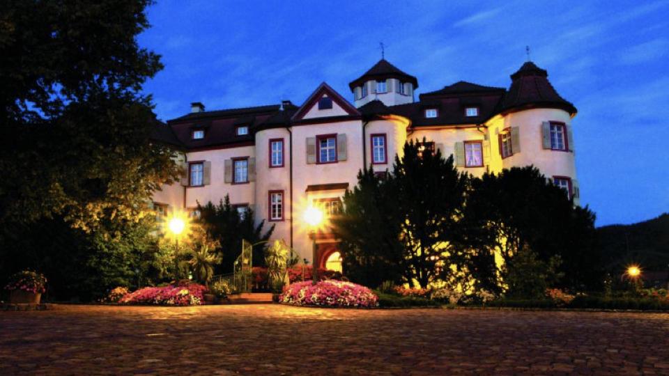 Farewell dinner at Neuweier Castle.