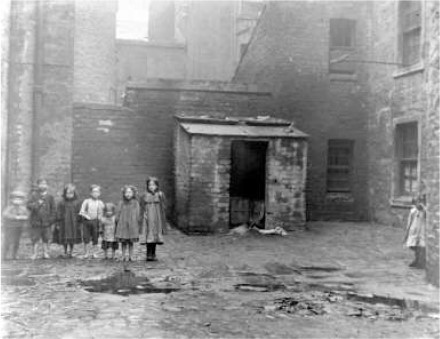 Typical living conditions in the Gorbals in 1912. This region of Glasgow was the most notorious slum in the United Kingdom. (Mitchell Library, Glasgow Life)
