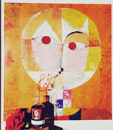 Senacio from Paul Klee enjoying a sip of Nr 2