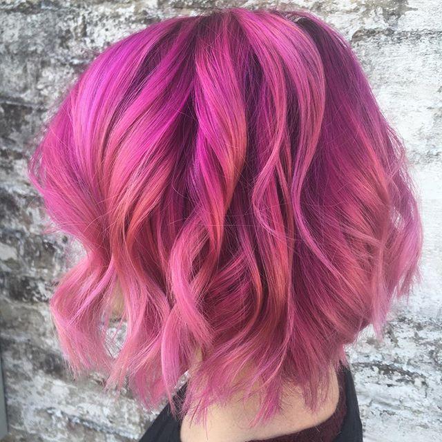 _ellekeane25 has the best mermaid hair now.jpg