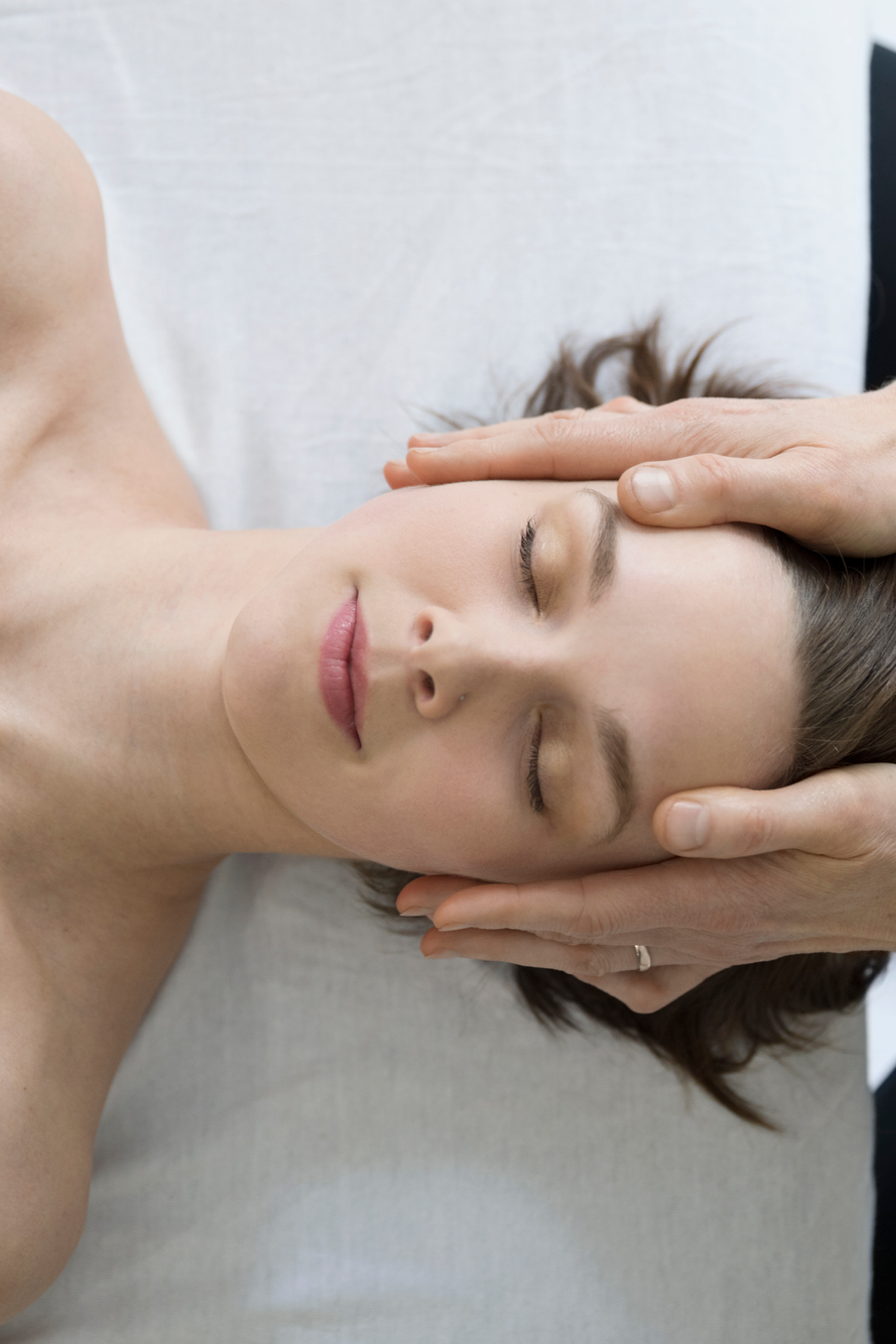 Holistic back face & scalp
