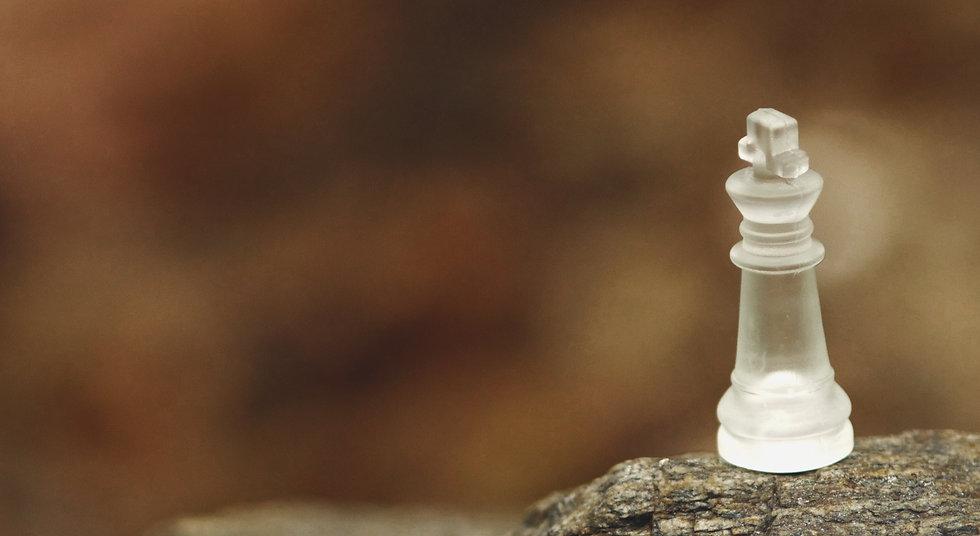 Pièce de jeu d'échecs transparente