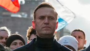 Russian Opposition Leader Alexei Navalny Ends Hunger Strike