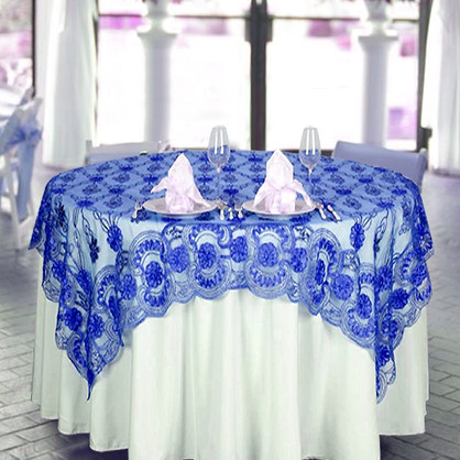60 in Lace Table Scape