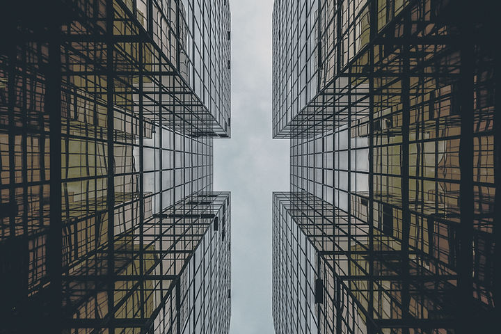 摘要玻璃建築