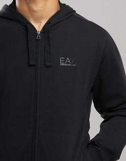ea7-hoodie-black-3-870x1110