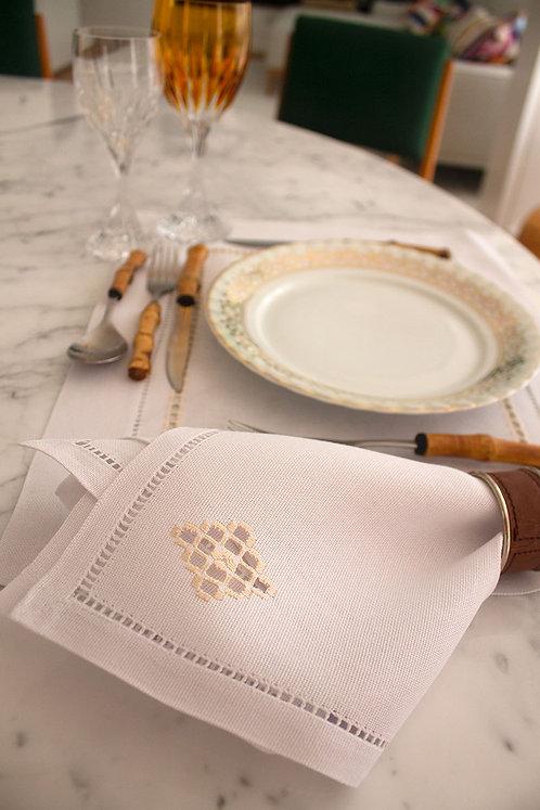 Guardanapo bordado redendê feito à mão