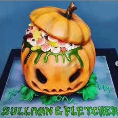 Jack 'O' Lantern Cake Halloween