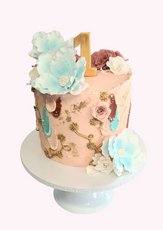 "Pretty Vintage Style Cake  7"" Vanilla sponge £105"
