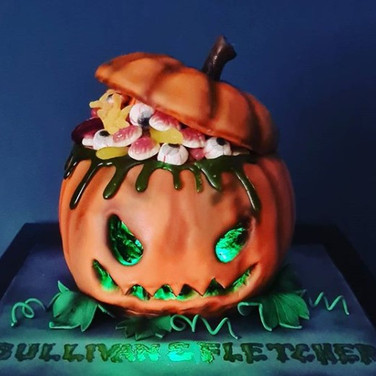 Trick or Treat Pumpkin Cake