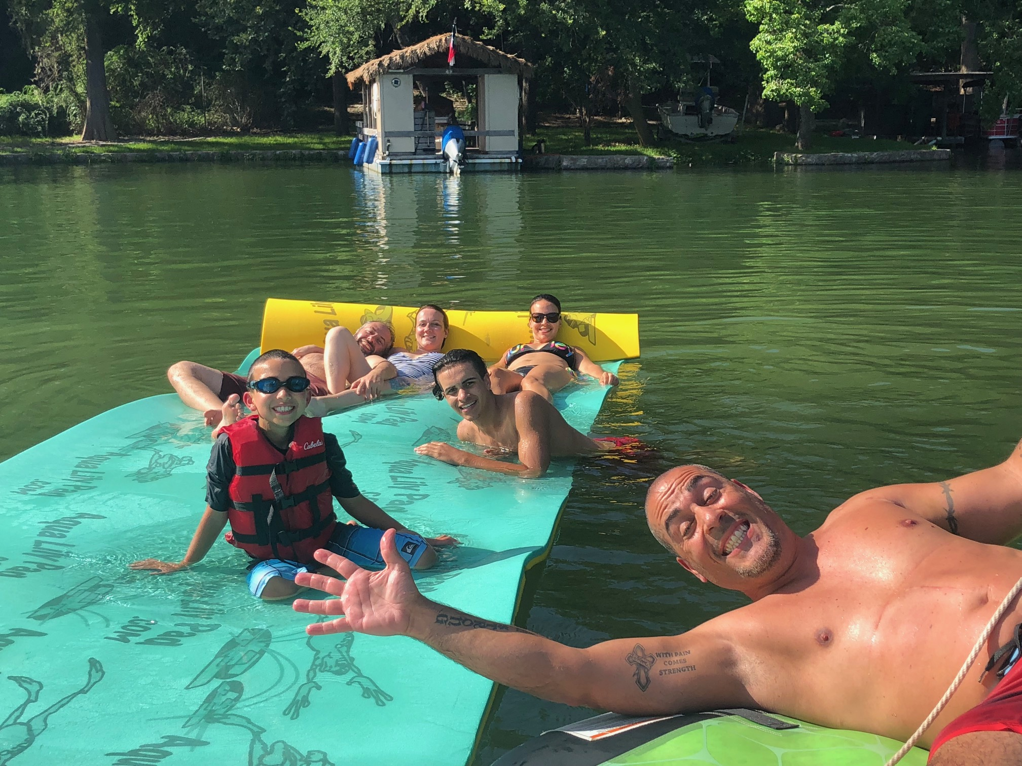 Family Rental Boat Lake Austin
