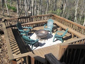 chimenea fire area lower deck