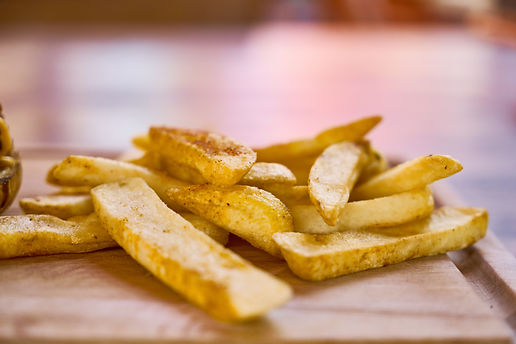 chips-delicious-fastfood-2271110.jpg
