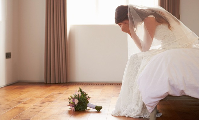"how to avoid getting burned by a ""wedding photographer"""