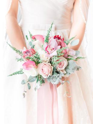 Blush_bridal_bouquet_Newport_Bride.jpg