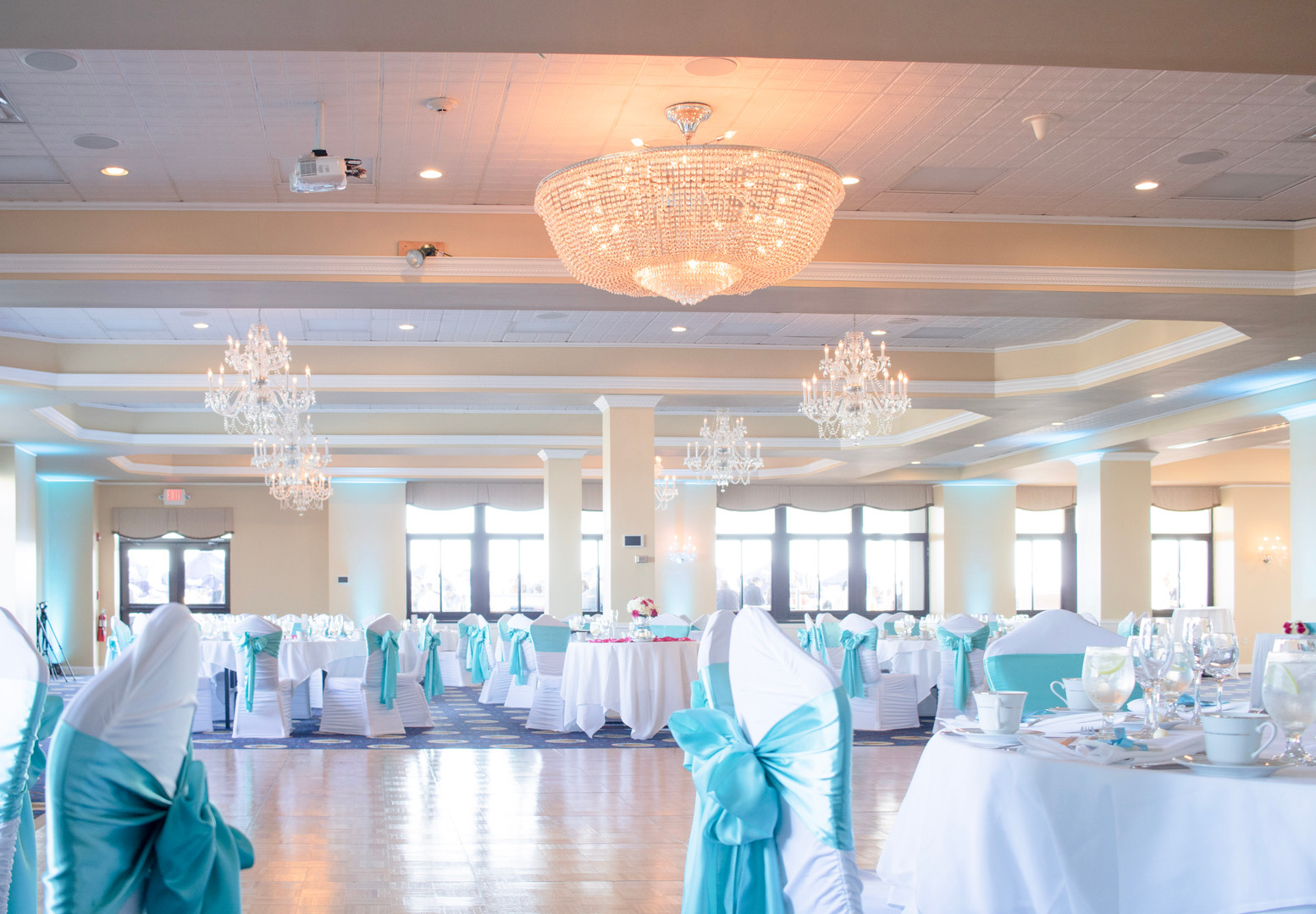 newport-officers-club-luxury-wedding-ven