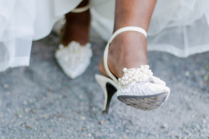 wedding shoes are precious, don't make these mistakes