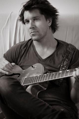 Tibi Kiss, musician