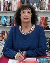 Book signing Collins Ballarat_edited.jpg