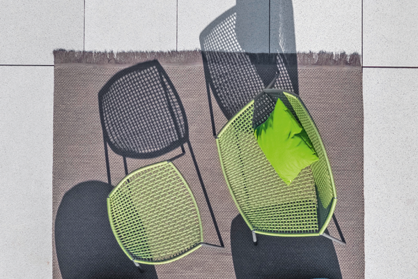 Bloom lounge chair