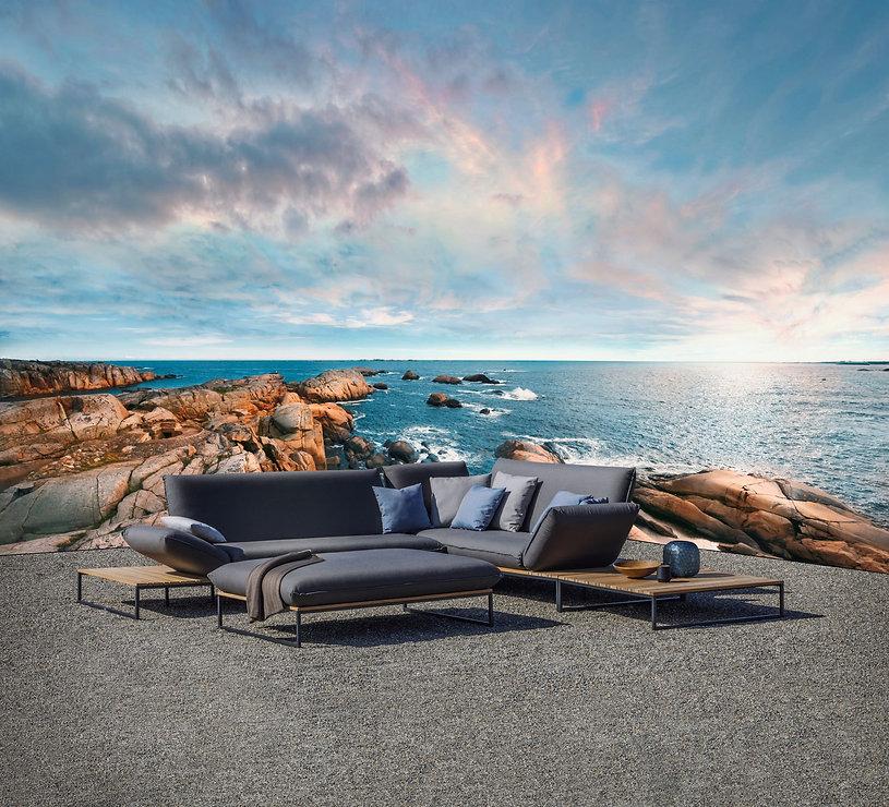 Flora Lounge.jpg