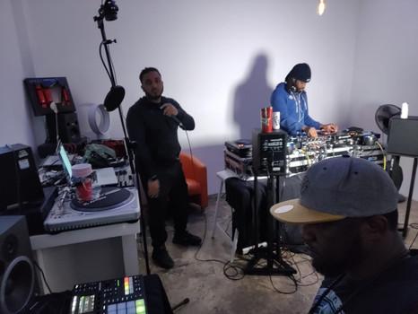 Airbnb DJ workshop experience
