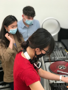 The Ultimate Vinyl Djing Experience