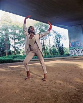 SADE (Singer & Dancer)
