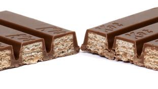 Nestlé loses trademark battle for four-fingered Kit Kat shape