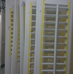 Lackierarbeiten Aussenbereich, Fensterläden lackieren, weiss, Maler Zieri - Beckenried Nidwalden