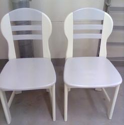 Lackierarbeiten Möbel, Stühle lackieren, weiss, Maler Zieri - Beckenried Nidwalden