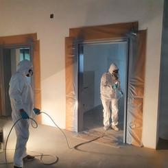Lackierarbeiten Innenbereich, Gebäudeteile lackieren, Türrahmen, Maler Zieri - Beckenried Nidwalden