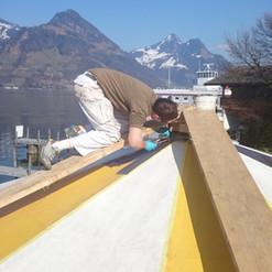 Lackierarbeiten Aussenbereich, Dach lackieren, gelb-weiss, Maler Zieri - Beckenried Nidwalden