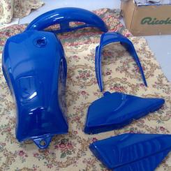Lackierarbeiten Fahrzeugteile, Motorradteile lackieren, blau, Maler Zieri - Beckenried Nidwalden