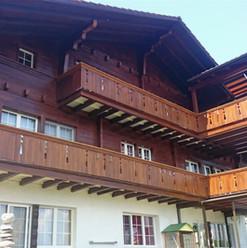 Malerarbeiten Aussenbereich, Fassade, Holz, Maler Zieri - Beckenried Nidwalden