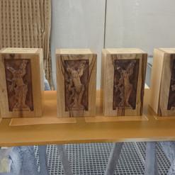 Lackierarbeiten Dekoration, Holzfiguren lackieren, Klarlack, Maler Zieri - Beckenried Nidwalden