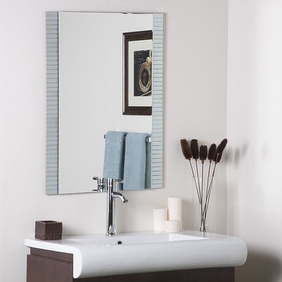 Horizontal Lines Bathroom mirror