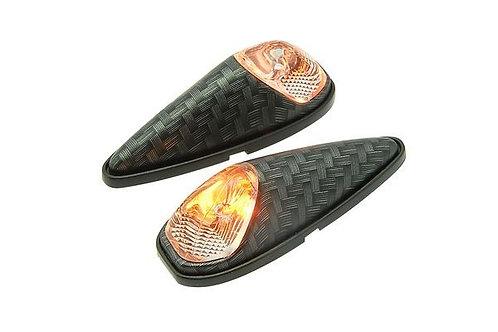 Lámparas de cola / luces intermitentes blancas STR8 / aspecto carbono