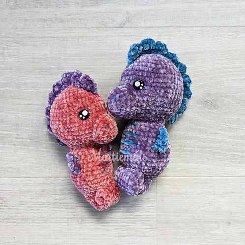 Seahorses - Crochet Amigurumi Stuffed Animal Plushies