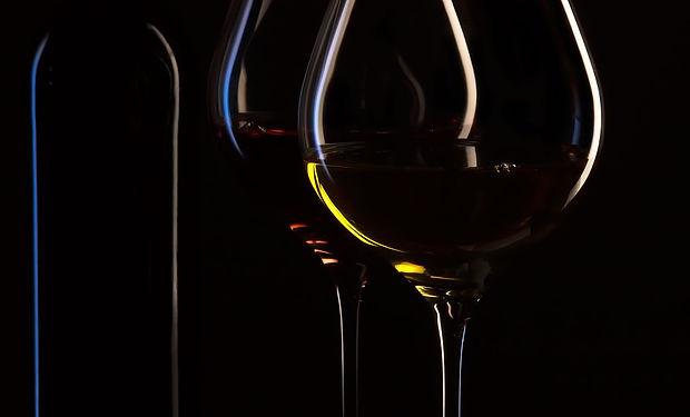 wine-bottle-1004258_1920.jpg